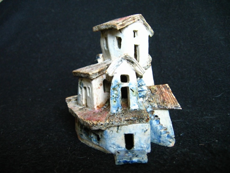 Endeavour, ceramic, under glaze and oxides, 13 x 10 x 11 cm